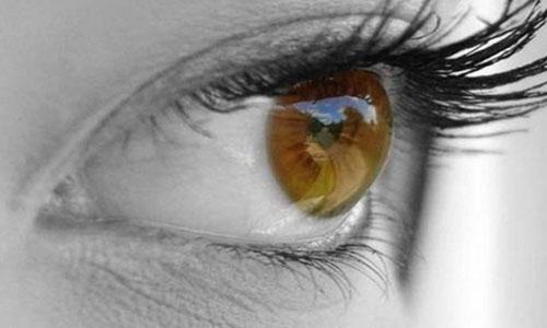 Падает зрение на одном глазу после лазерной коррекции